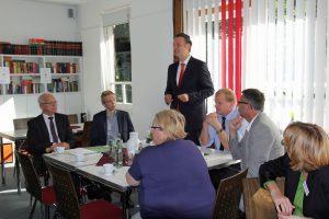 Dr. Günter Krings zu Gast bei der Grafschafter CDU im Austausch mit den Asylkreisen und Wohlfahrtsverbänden.